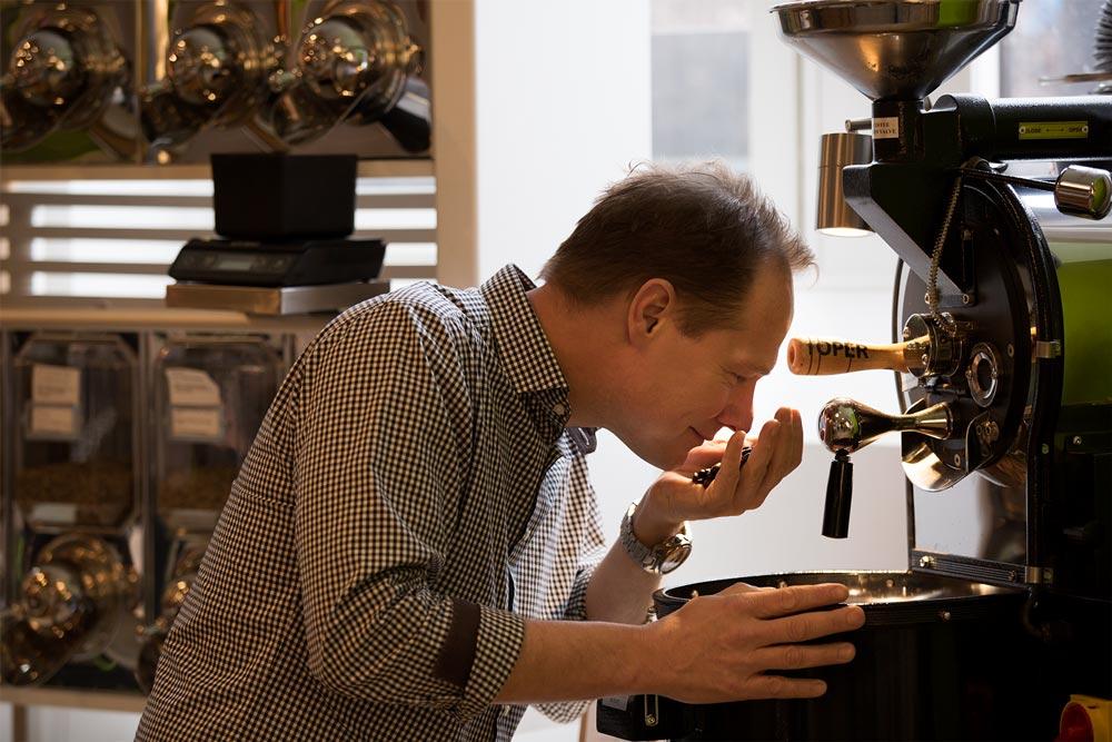 Koffeinfritt kaffe – så fungerar det