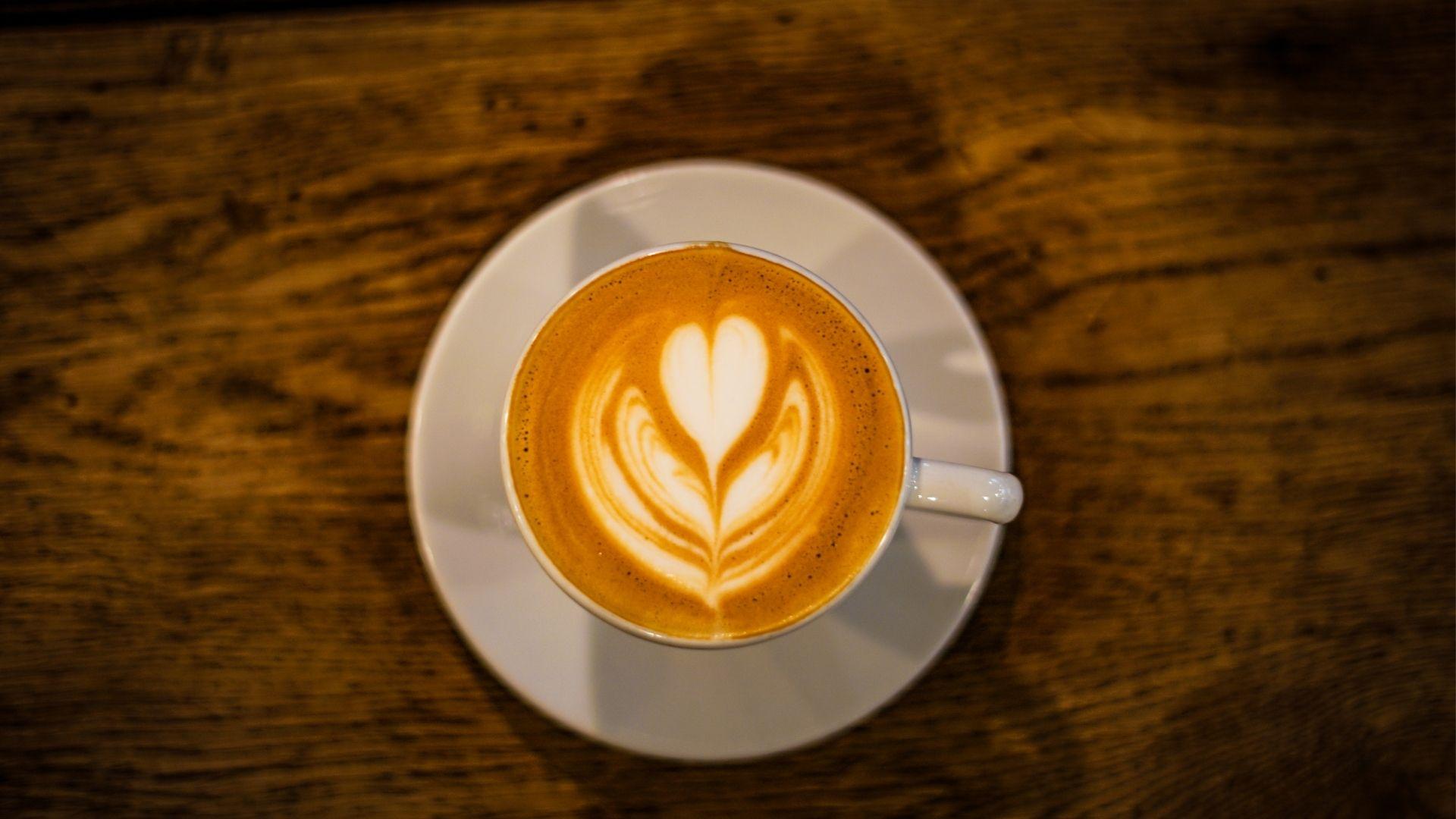 Latte Macchiato vs Latte – vad är skillnaden?